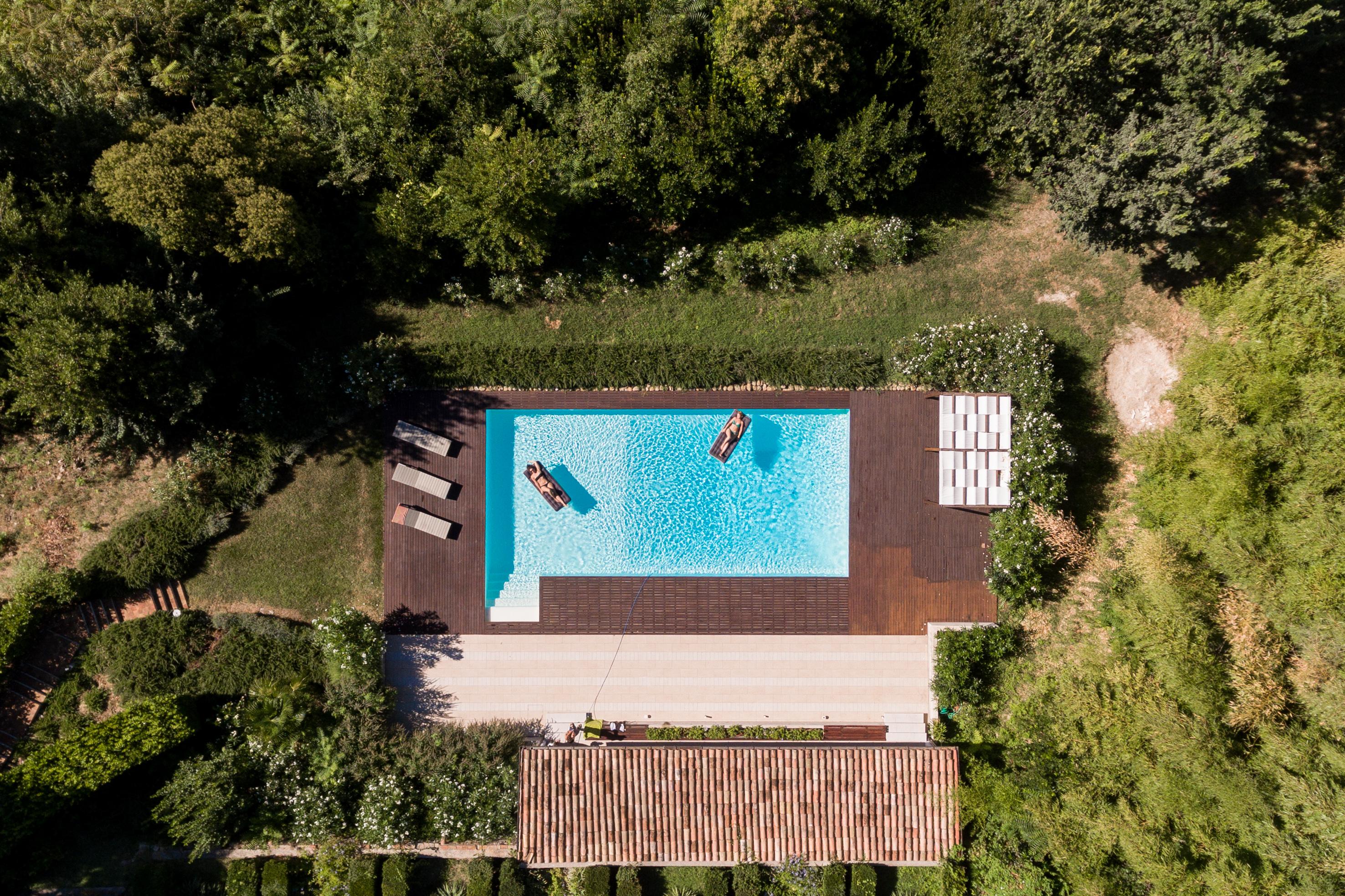Plusultra Studio. Piscina a Pesaro, foto Alberto Canepa
